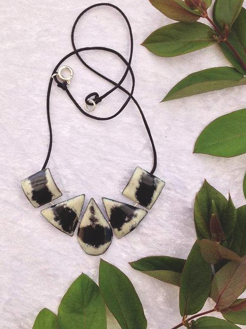 Collier 5 éléments-émaux sur cuivre-création artisanale