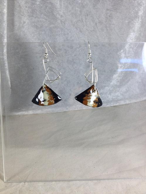boucles d'oreilles triangle noir marron ivoire-fil métal courbé-émaux-artisanat français