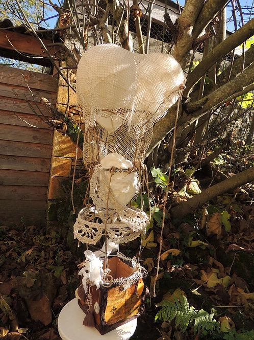 sculpture-montgolfière-matières multiples-esprit nomade-vue1