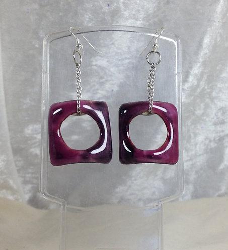 Boucles d'oreilles carré rose-violet-chaîne métal-émaux-artisanat français