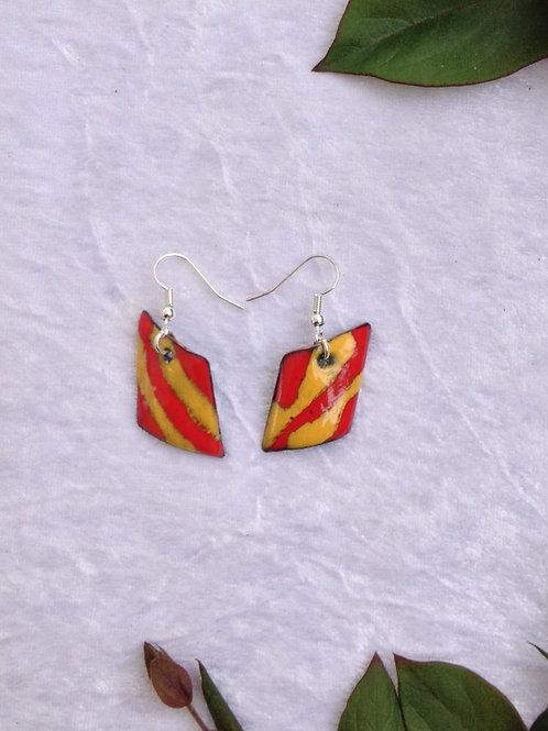 Boucles d'oreilles losange rayures orange jaune- émaux-artisanat