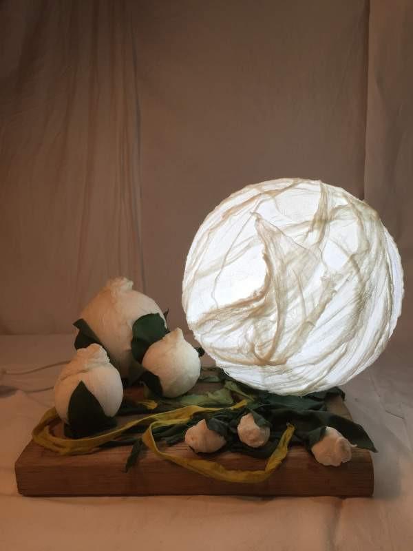 lampe-sculpture lumineuse-boule en verre