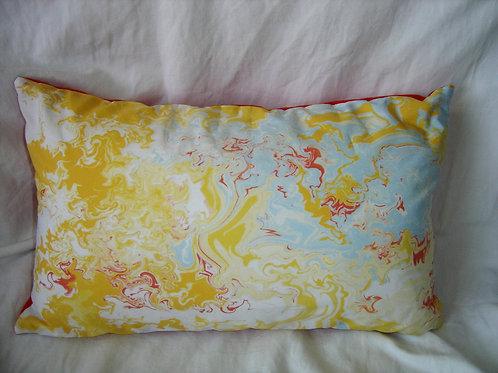 Coussin rectangulaire  jaune rouge blanc bleu-déhoussable-artisanat français-recto