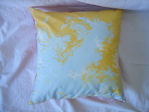 Coussin carré motifs  jaune rouge blanc bleu-déhoussable-artisanat français-recto