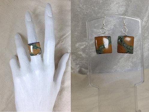 Parure boucles d'oreille-bague-carré-émaillé vert marron-artisanat français