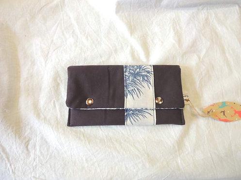 Petite pochette à rabat en tissu uni et motifs champêtres -artisanat