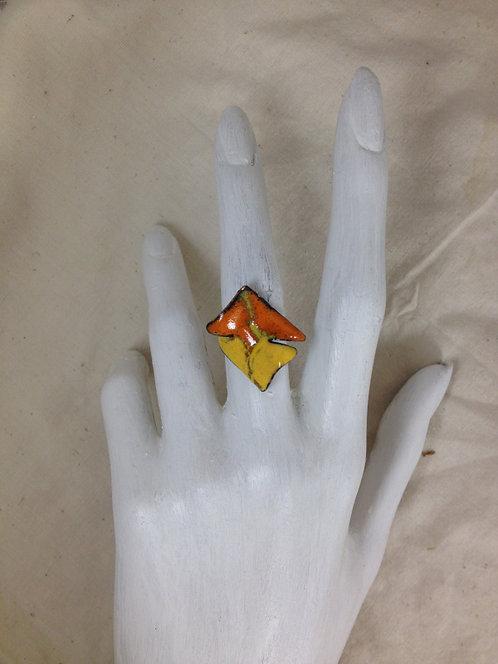 bague-orange-jaune-émaux-bijoux-artisanat français-présentation