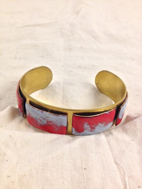 Manchette laiton et rectangles en émaux  rouge et gris- ARTISANAT FRANÇAIS