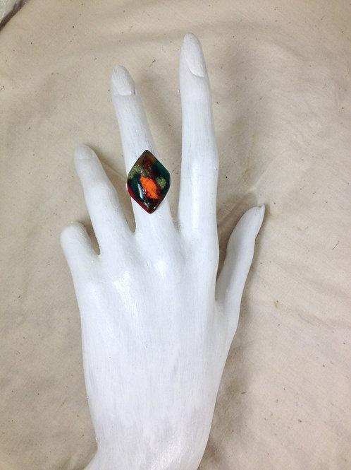 bague losange multicolore-ajustable-émaux sur cuivre-artisanat français-présentation