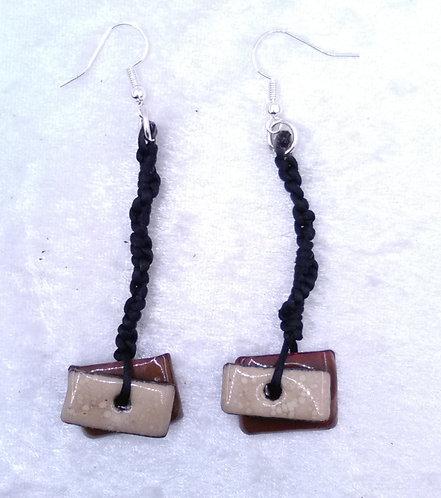 Boucles d'oreilles rectangle et macramé- émaux sur cuivre-artisanat