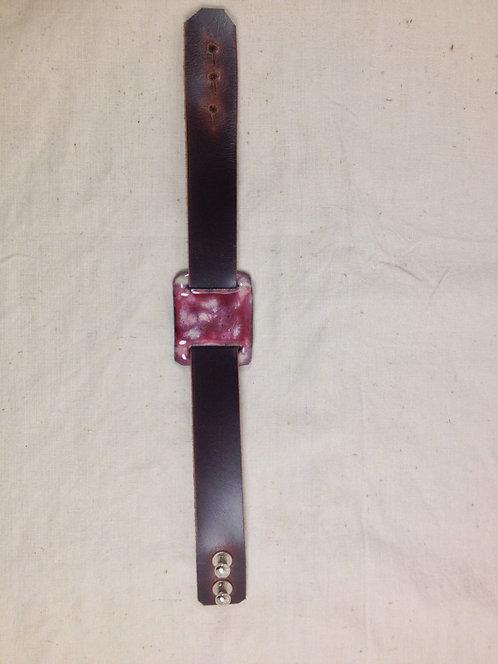 bracelet cuir marron foncé et plaque en émaux sur cuivre- ARTISANAT FRANÇAIS-vue entière