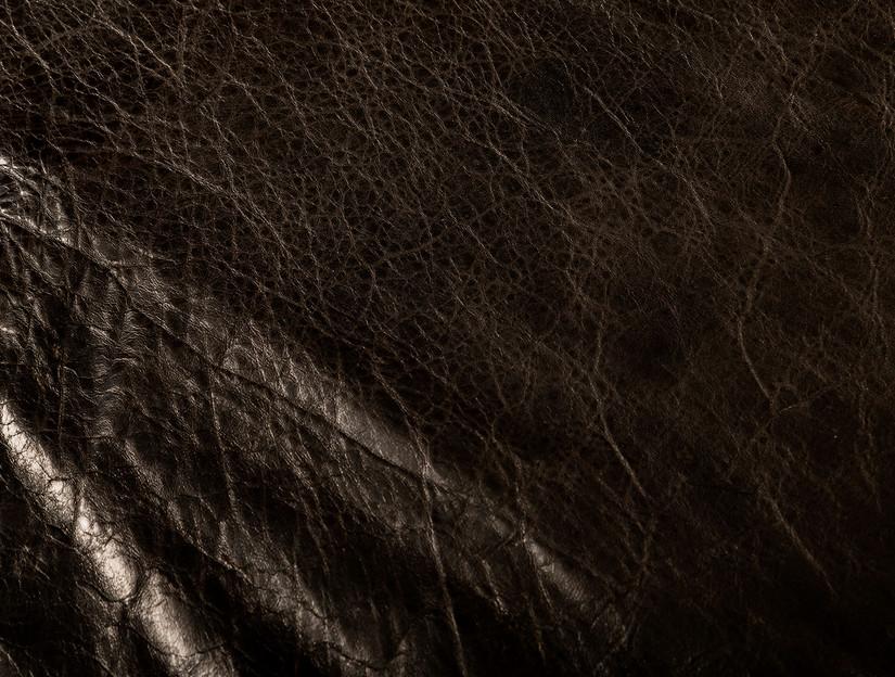 Black Stork A grainside detail