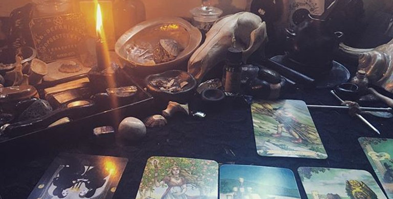 'Any question' tarot reading