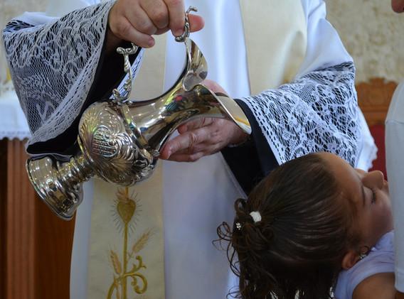 baptism-577957_1920.jpg