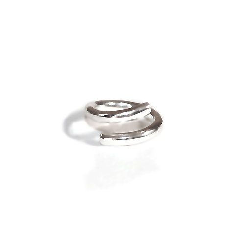 Loop Hoop Knuckle Ring