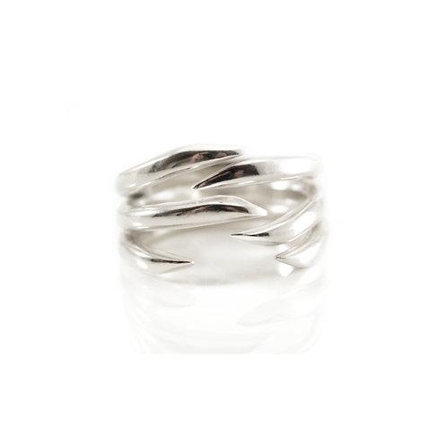 Three Lines Edge Ring