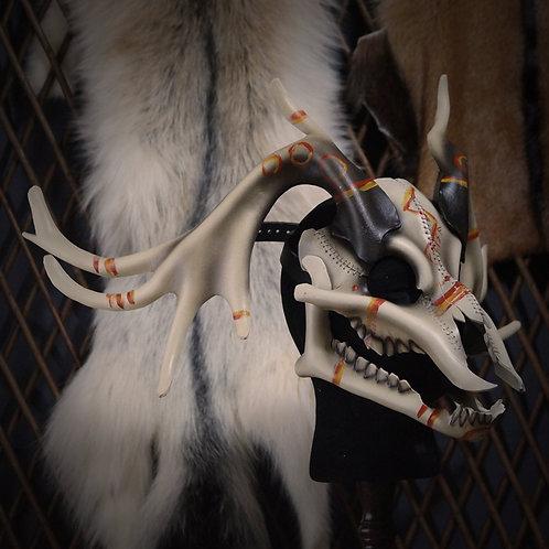 =Crâne de cerf, peintures rituelles=