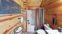 Tennis-Cabin-Bathroom