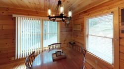 Valley-Cabin-Dining