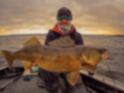 Green Bay Walleye Fishing Guide