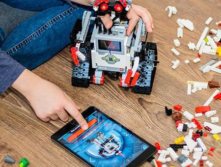1081744-robotikh-new_680.jpg