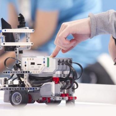 robotiki-23-17-745-419-1518723836.jpg
