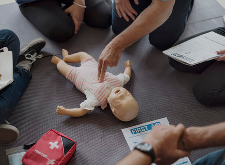 CPR Classes | Paramedic helps save newborn baby's life
