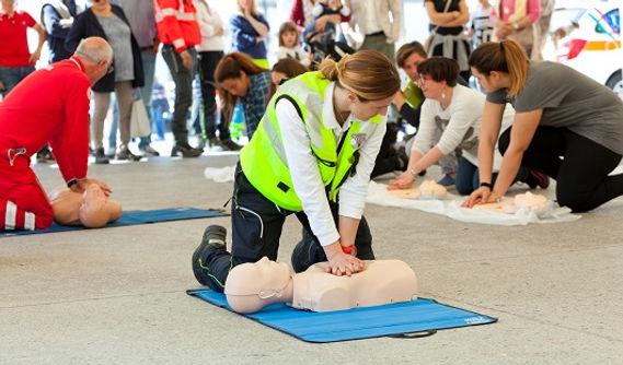 CPR-Training-Class.jpg