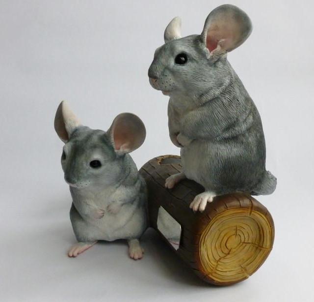 Chinchilla Pair Sculpture