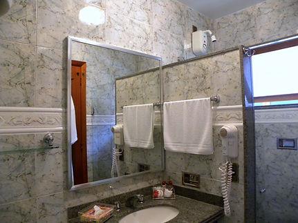 banheiro hotel nova friburgo