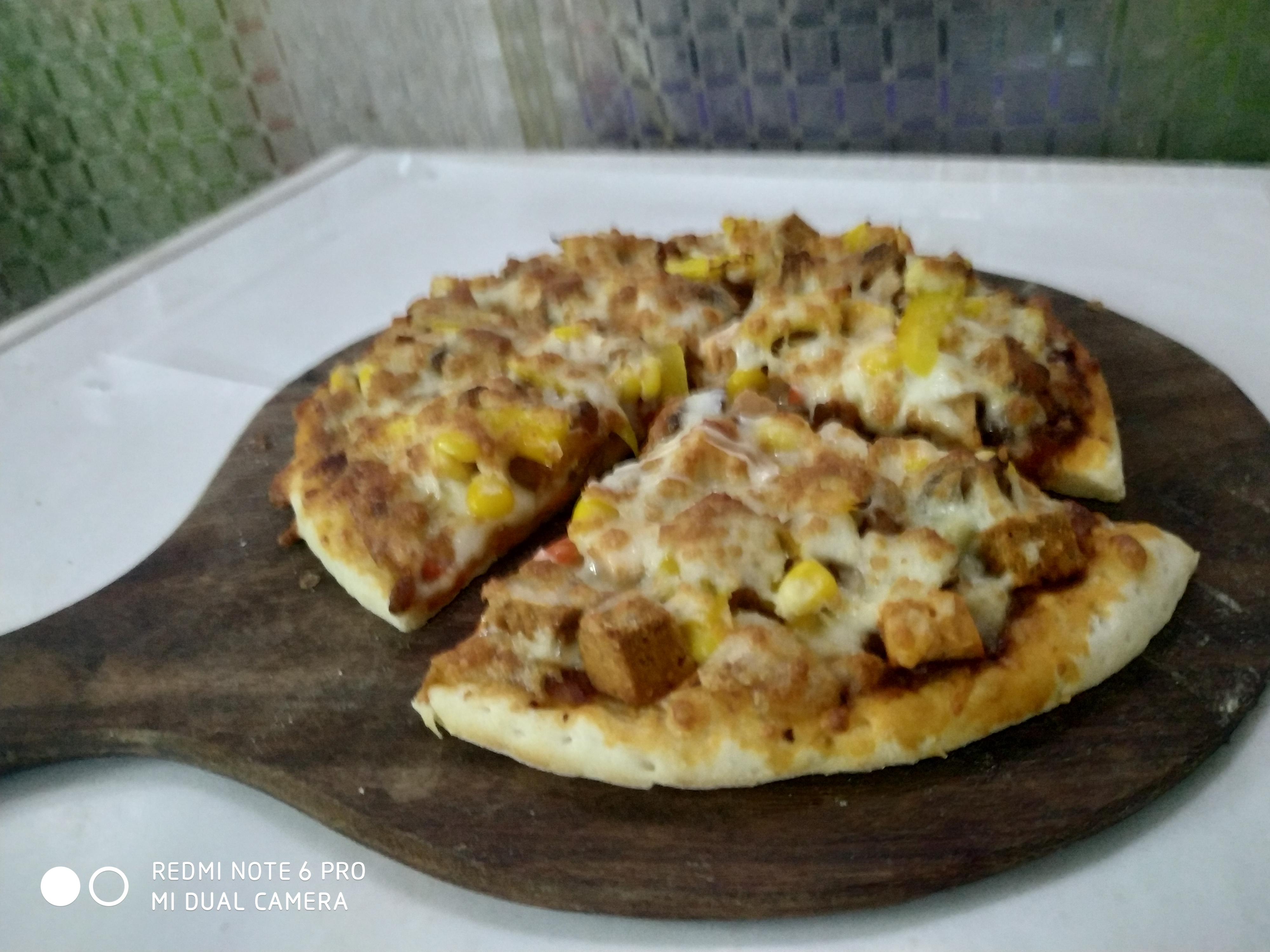 Chicken Lovers Pizza