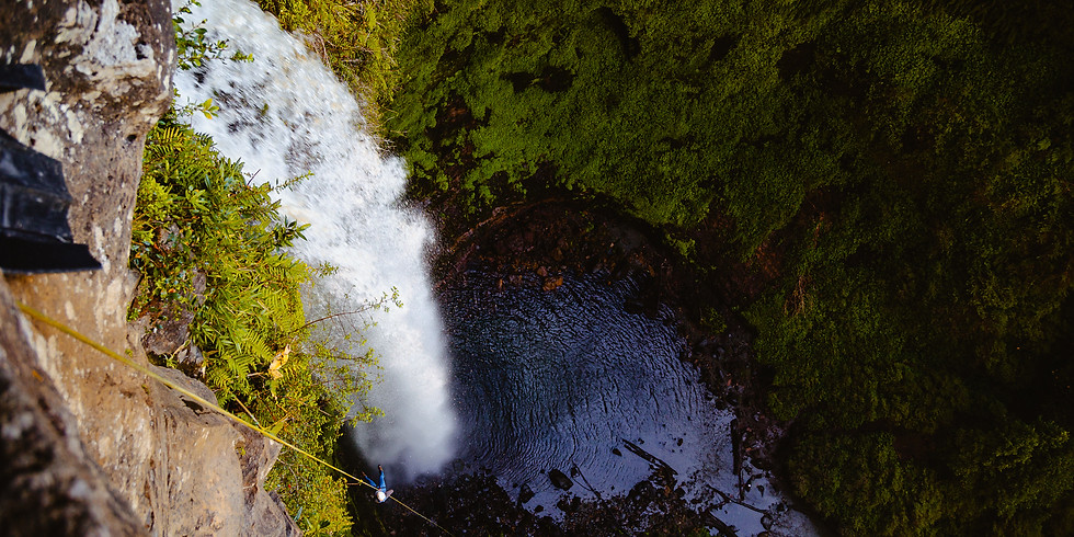 CANYONING EXPERIENCE  PUCON