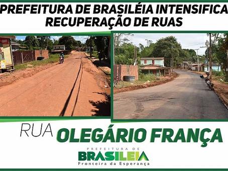Prefeitura intensifica trabalhos de recuperação de ruas em Brasiléia