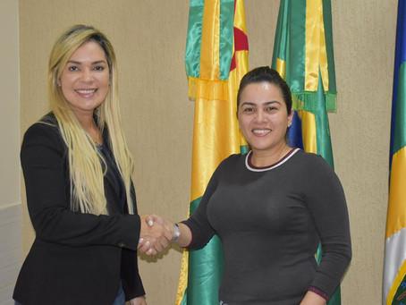 Prefeita Fernanda Hassem recebe a Deputada Federal Marfisa Galvão e sua equipe de assessores