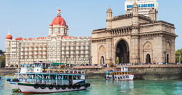 Gateway of india & Taj Hotel.jpg