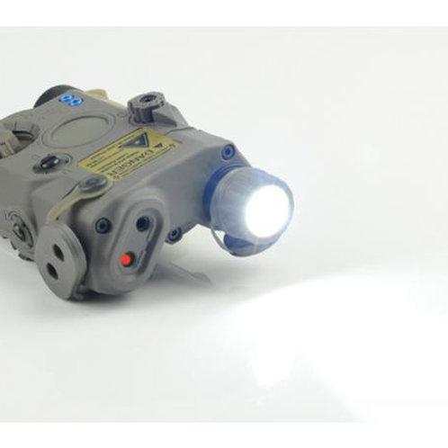 PEQ15 LA5モデル LEDフラッシュライト & ダミーレーザーサイト