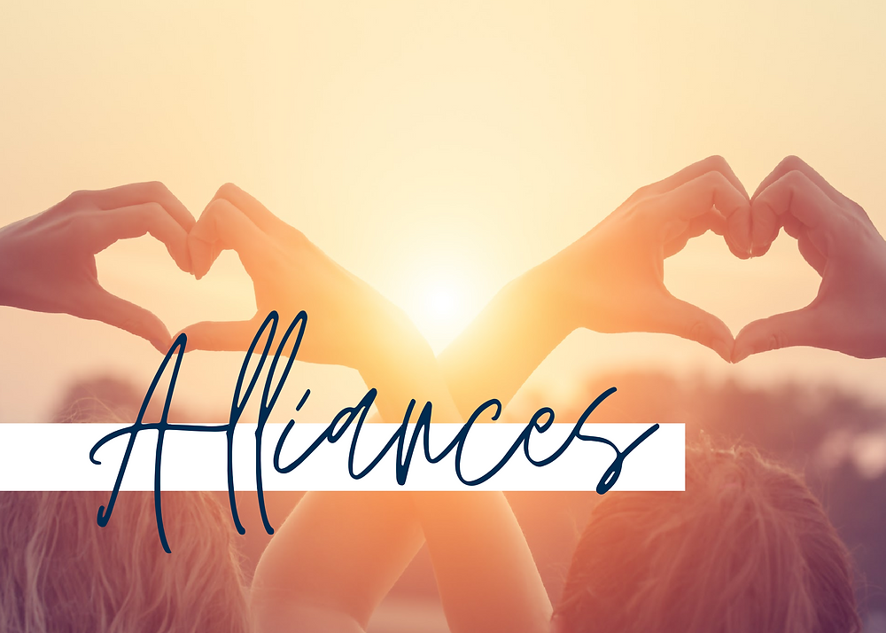 As Women of Faith, choosing healthy friendships is so important to our Christian Growth, our Christian Living, and and our mindsets. Learn to hear God's voice and avoid toxic relationships as your pursue personal growth and freedom.