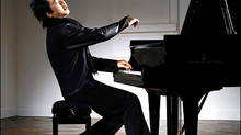 Emoting Pianist Moments: some self-conscious and un-selfconscious pianists