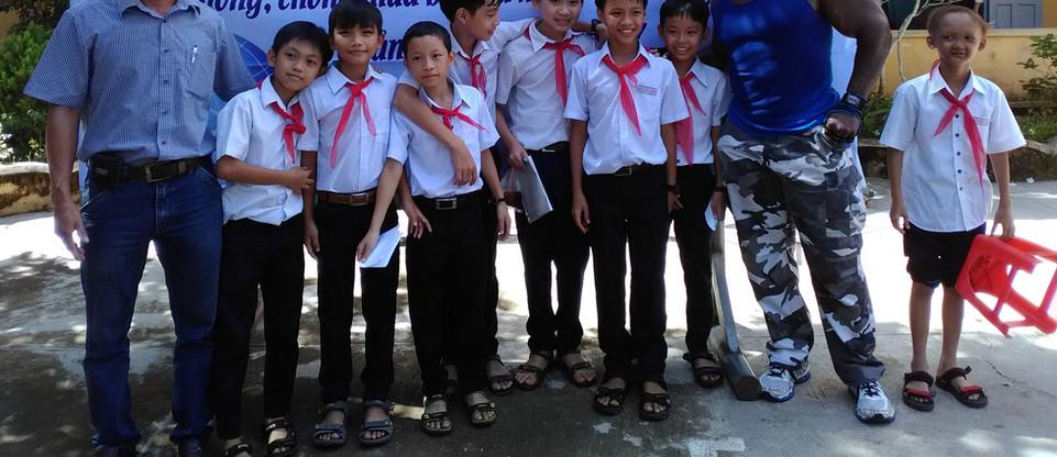 School Kids after school     assembly.jp