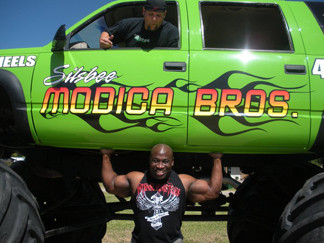 Monster Truck lift.JPG