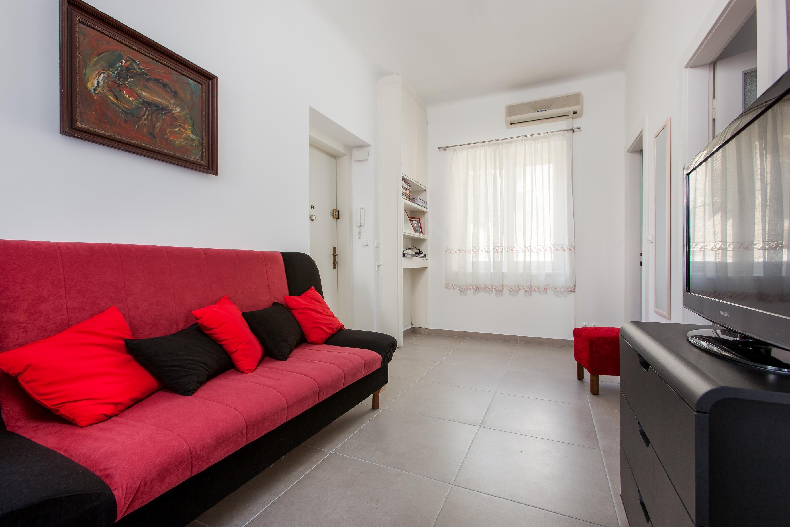 Adriatic Apartment Split Croatia (7).jpg