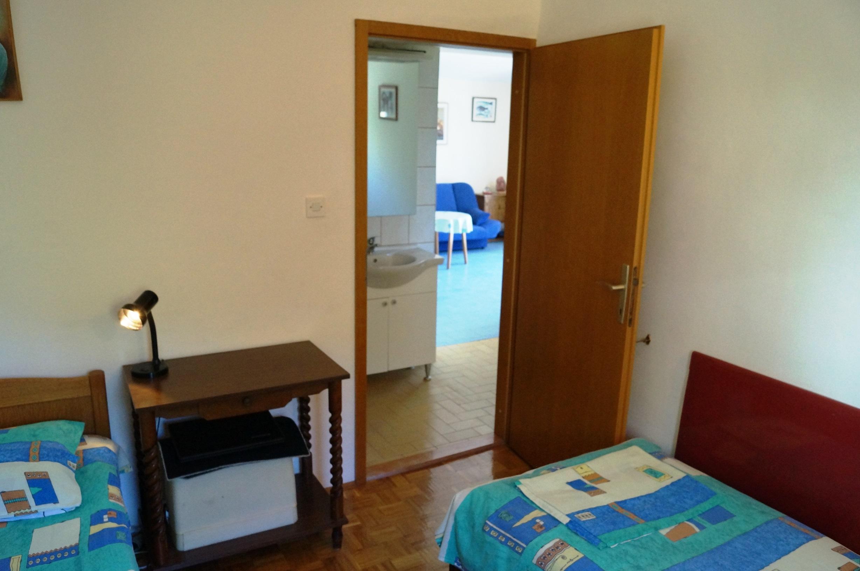 Sea View Apartment Dina Rogoznica (26).JPG