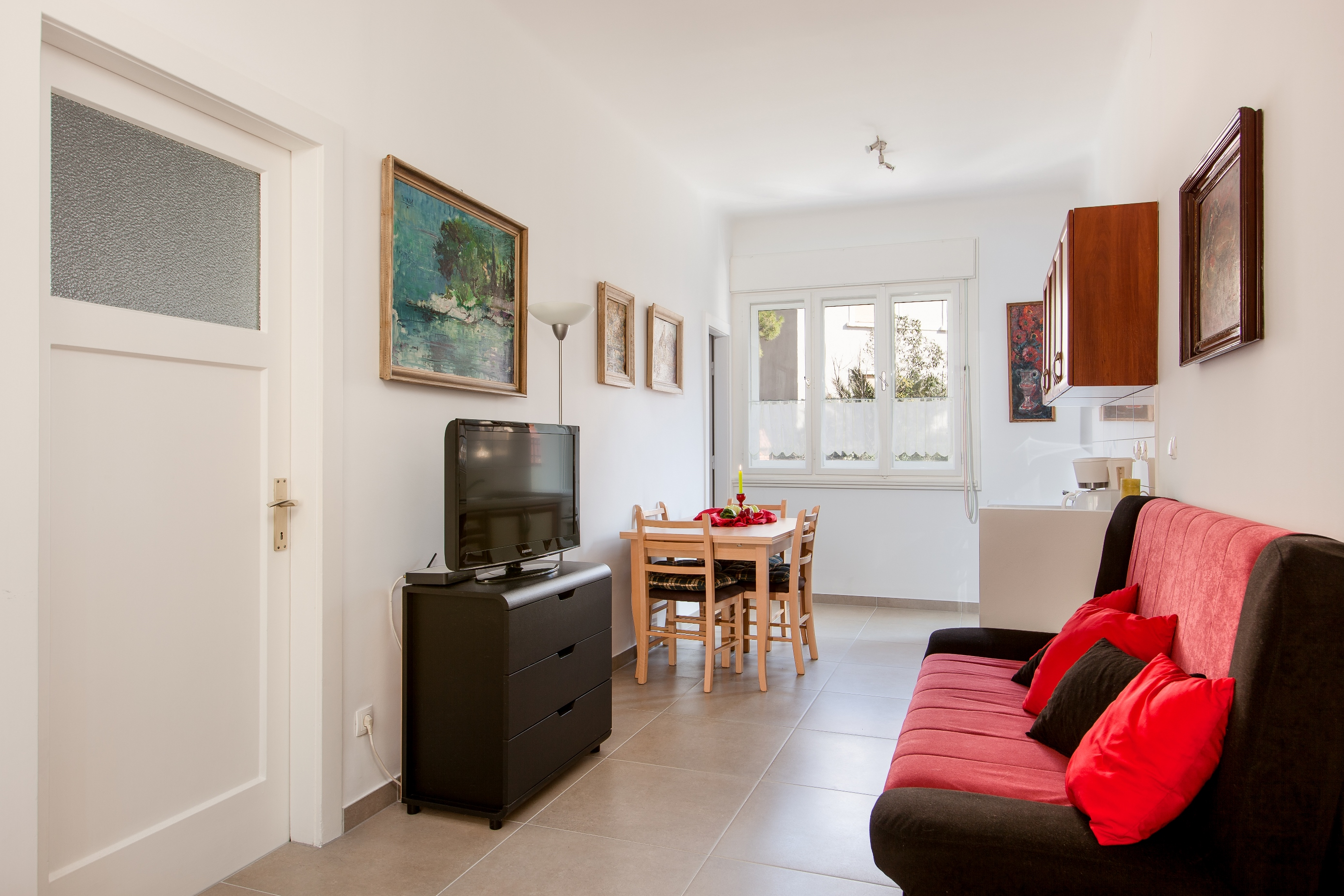 Adriatic Apartment Split Croatia (8).jpg