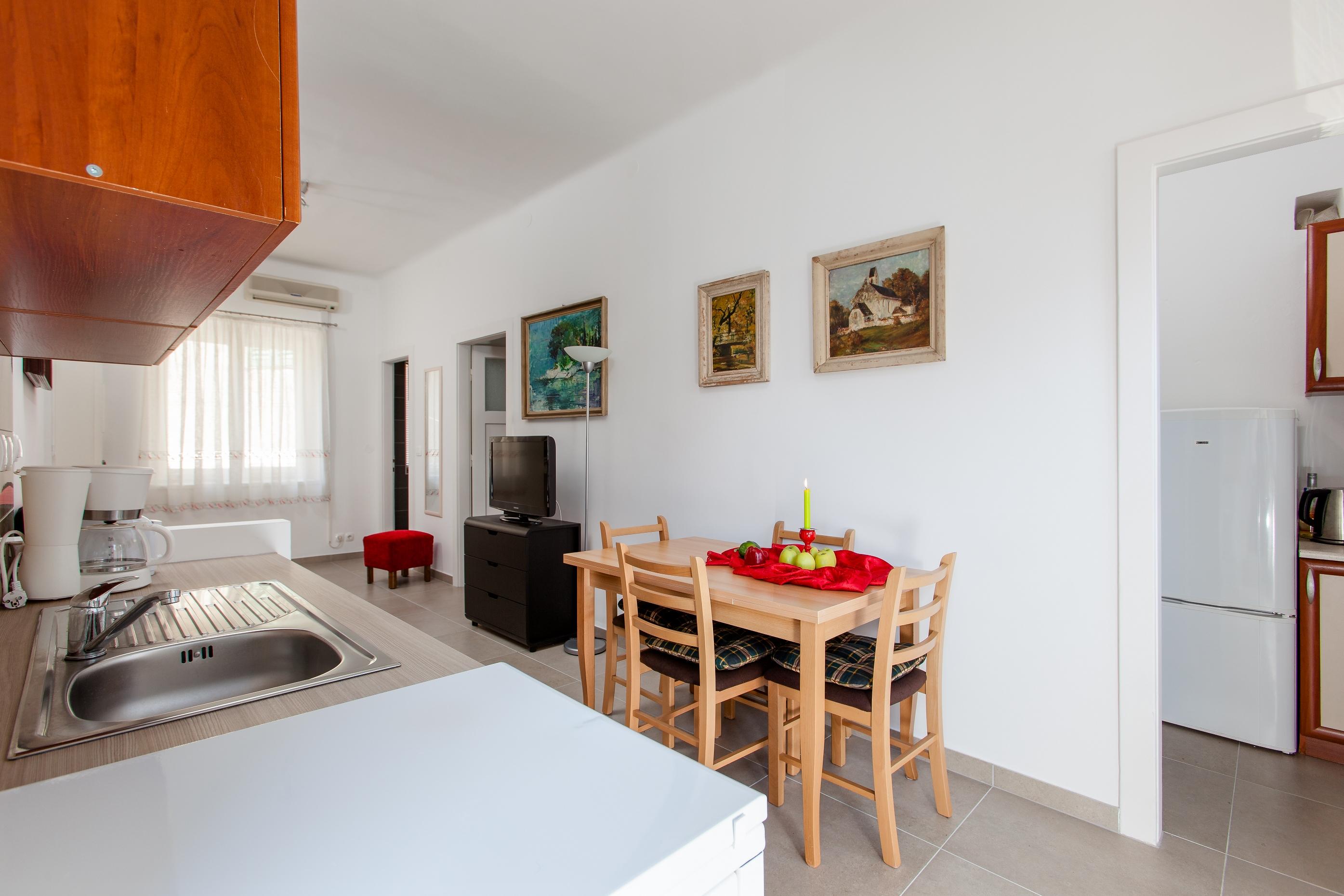 Adriatic Apartment Split Croatia (5).jpg