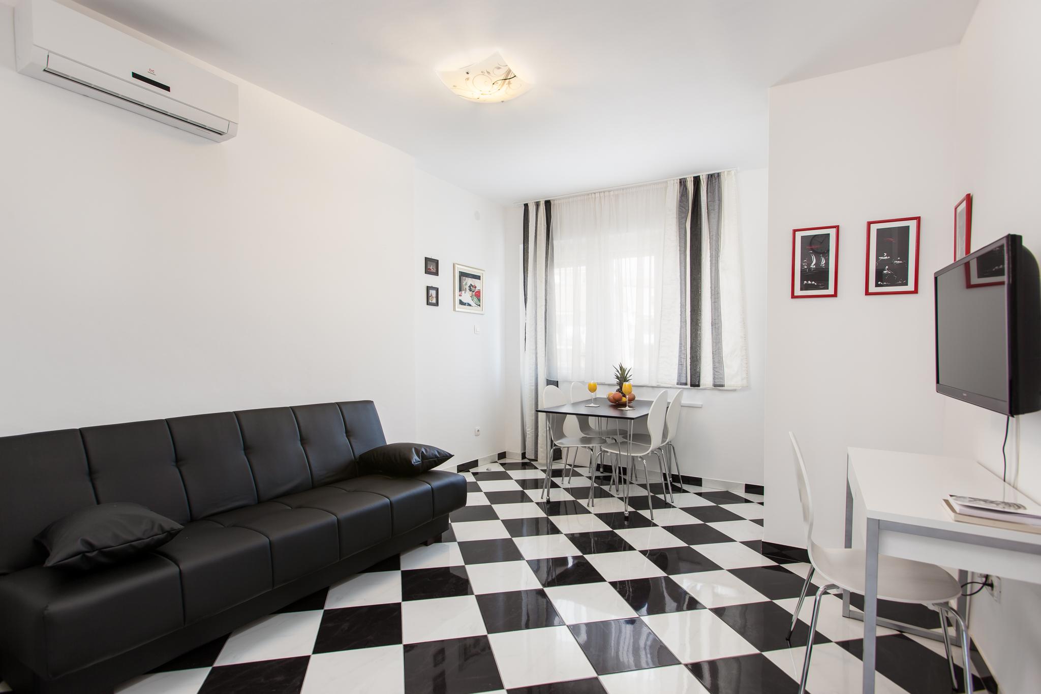 Apartment Split Croatia (2).jpg