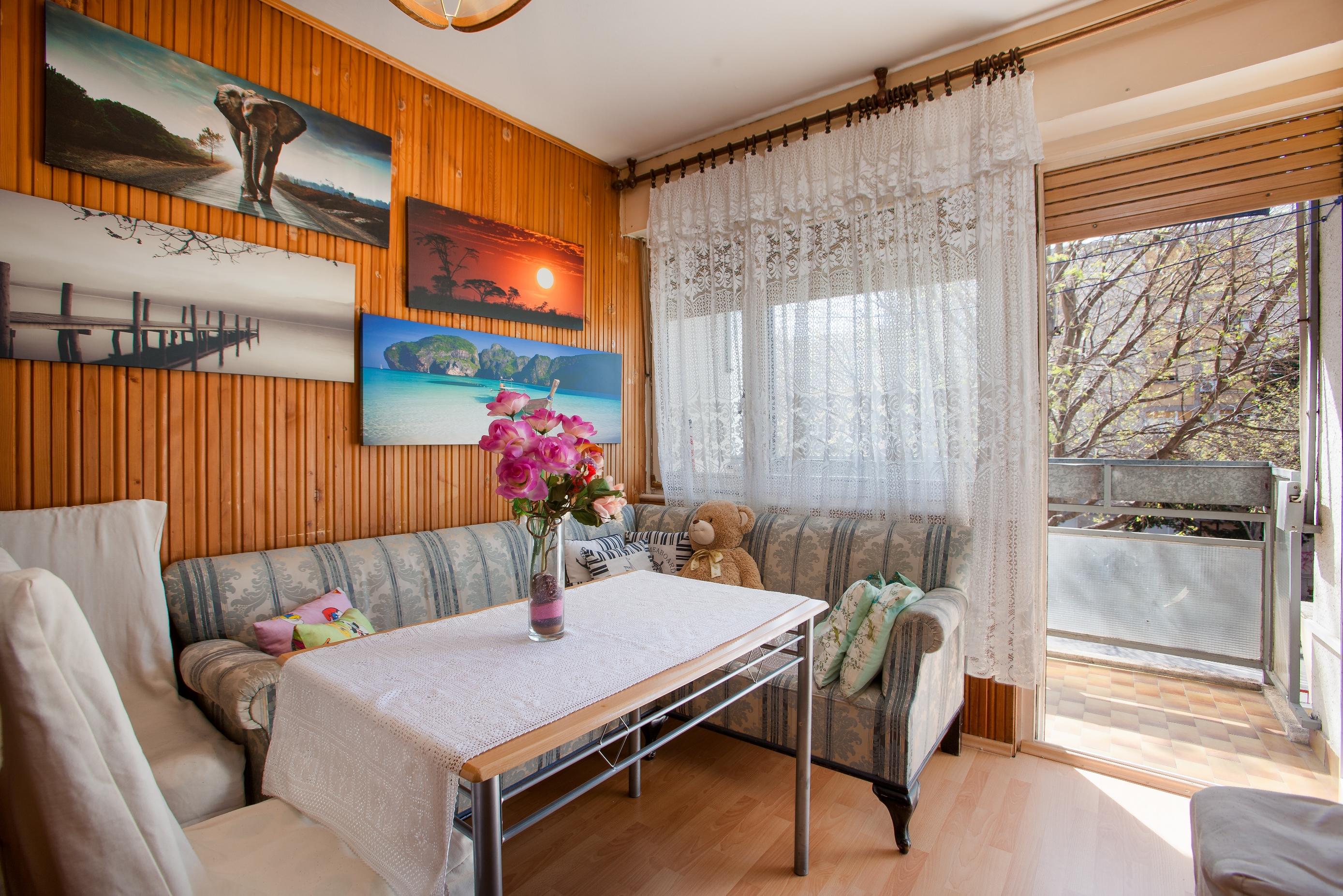 Apartment Split Budget Croatia (1).jpg