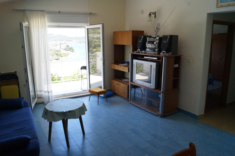 Sea View Apartment Dina Rogoznica (8).JPG