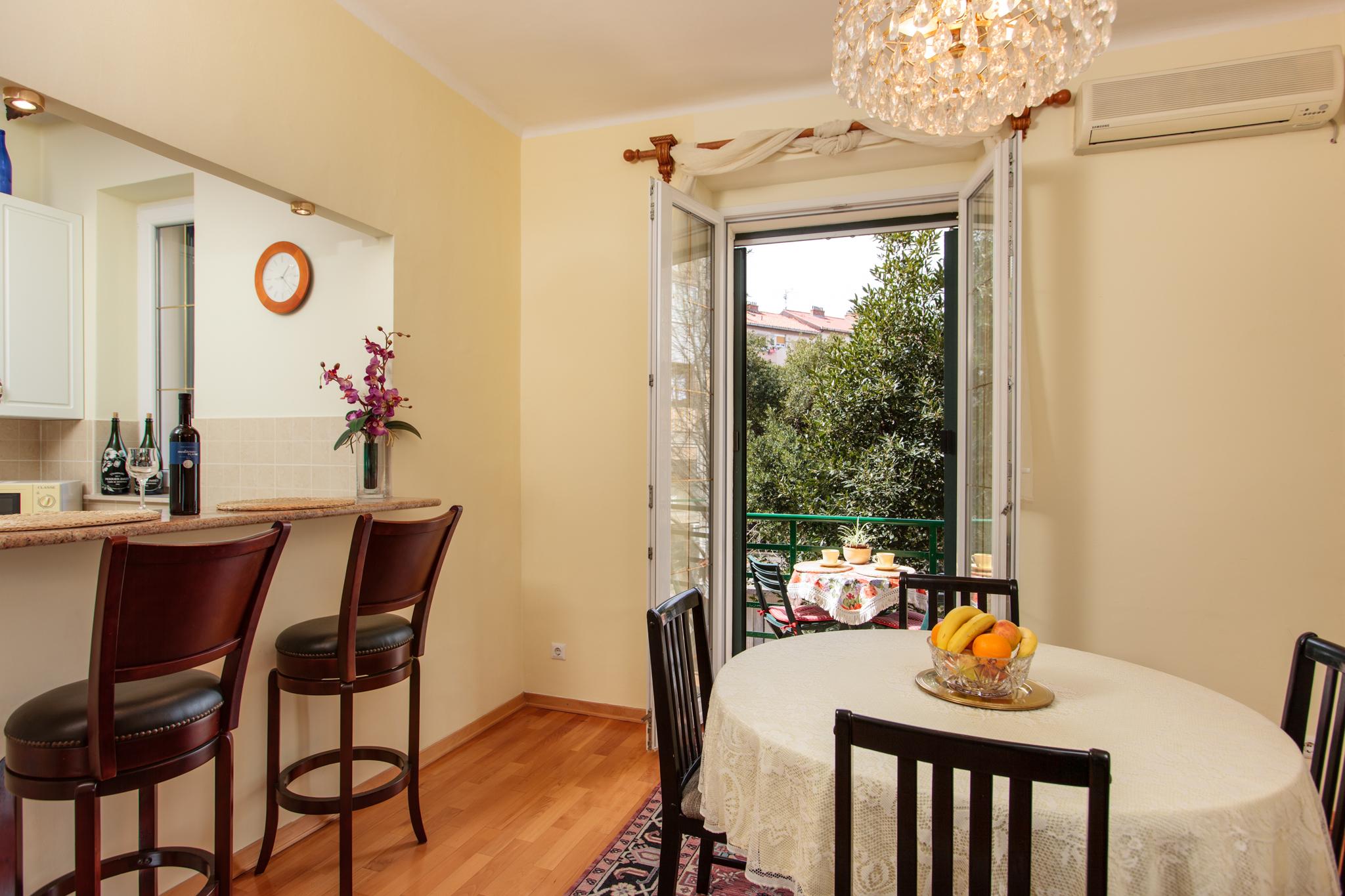 Giorgia Apartment Split - Classic and Deluxe (22)