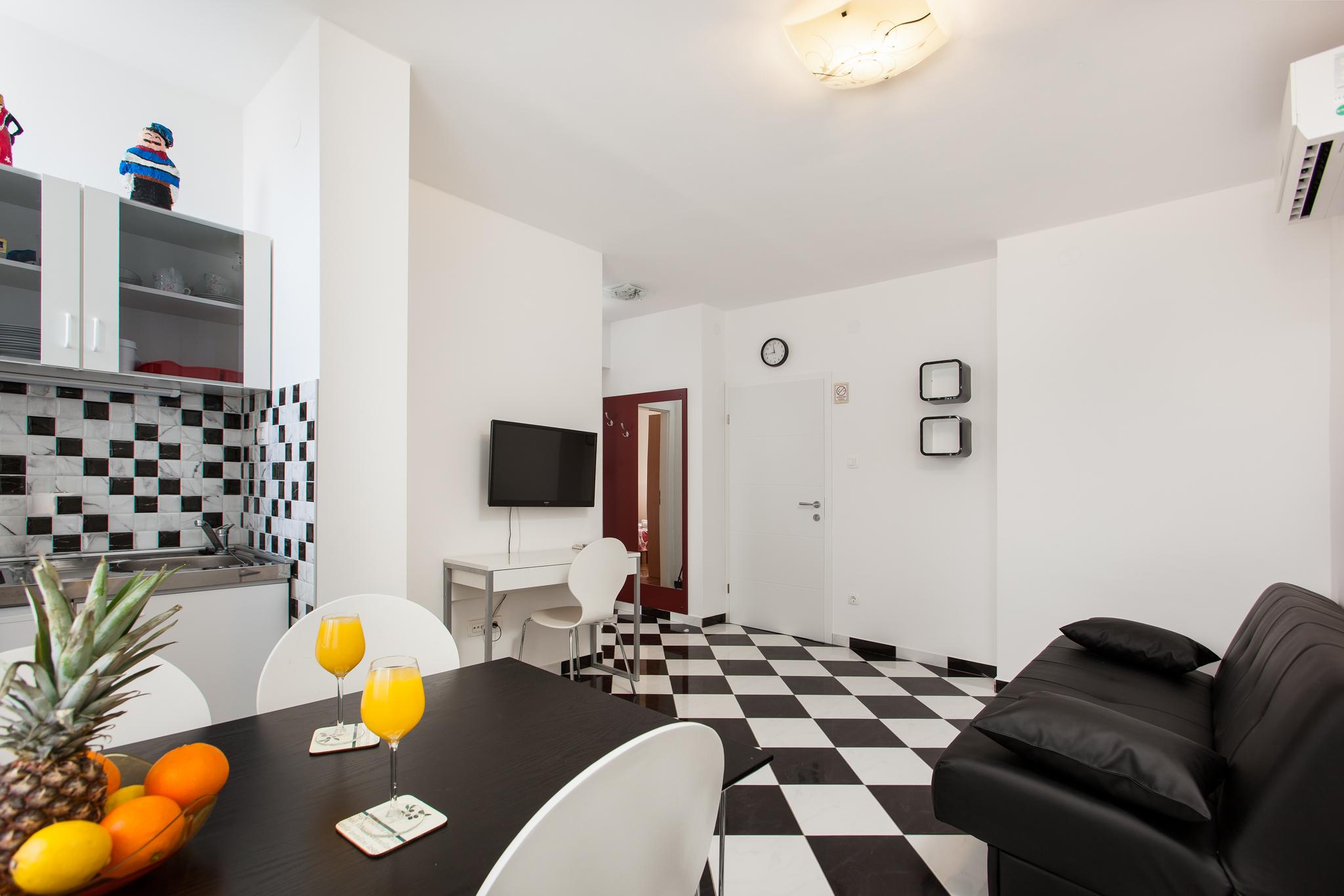 Apartment Split Croatia (6).jpg