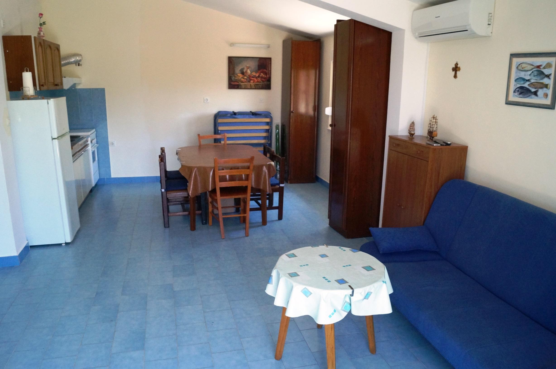 Sea View Apartment Dina Rogoznica (17).JPG